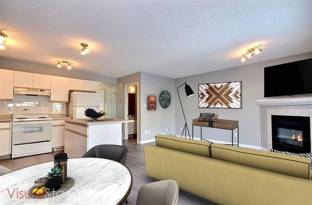 36 300 HOOPER Crescent, 3 bed, 2 bath, at $236,600