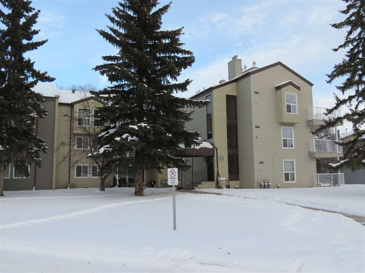 313 40 ALPINE Place, 1 bed, 1 bath, at $144,900