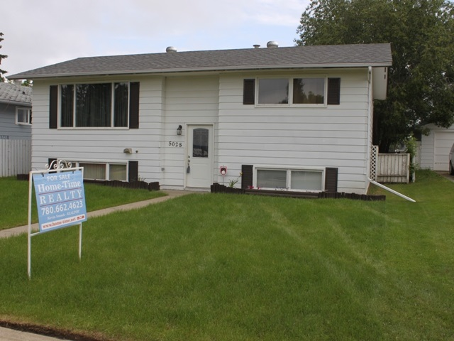 Property, 4 bed, 2 bath, at $225,000