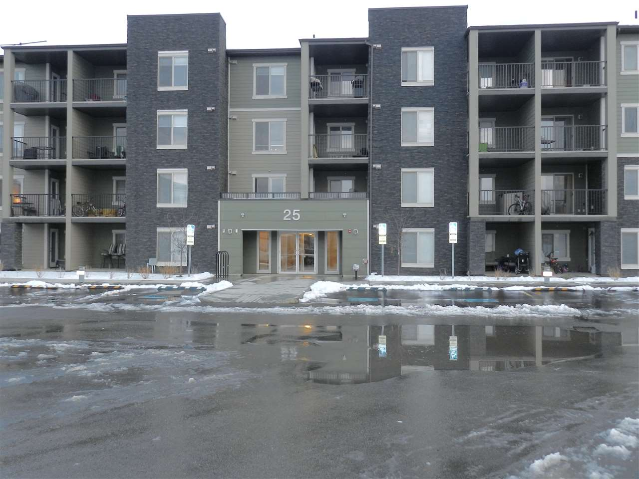 #410 25 ELEMENT Drive N, 2 bed, 1 bath, at $174,900
