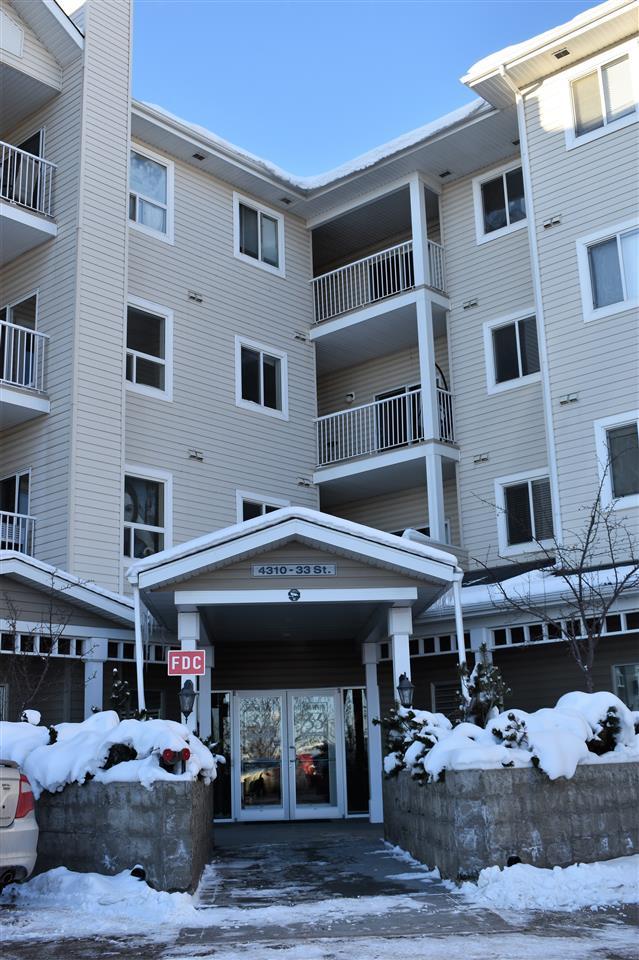 313 4310 33 Street, 2 bed, 2 bath, at $169,900