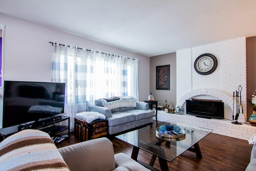 32 LIVINGSTONE Crescent, 3 bed, 3 bath, at $375,000