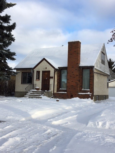 11723 130 Street, 4 bed, 2 bath, at $279,900