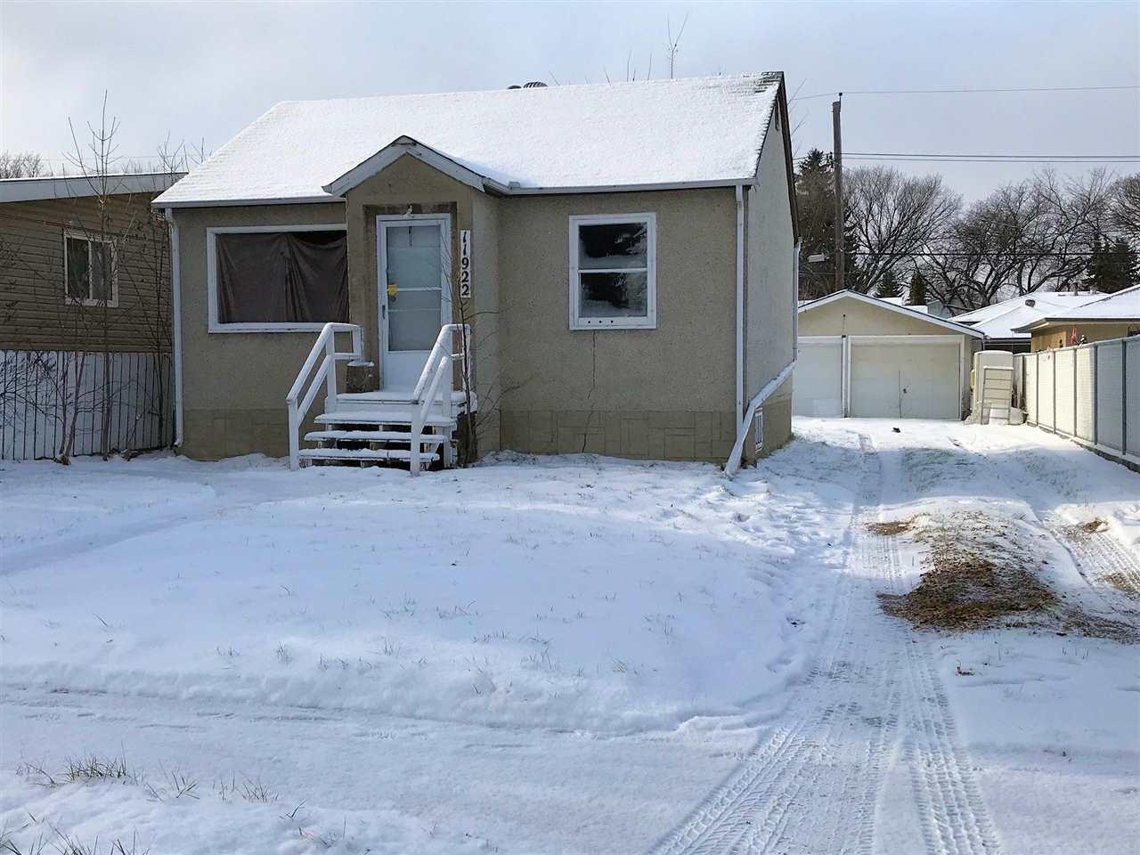 11922 40 Street, 2 bed, 1 bath, at $189,900