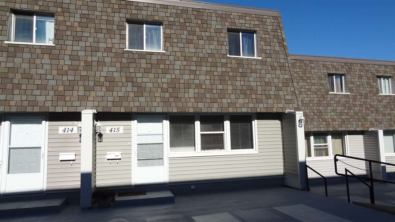 415 VILLAGE ON THE Green, 3 bed, 2 bath, at $140,000