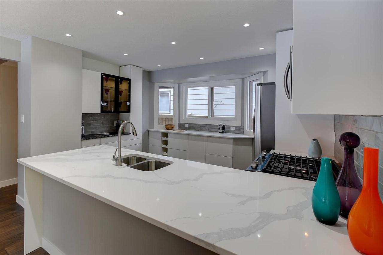 11215 35 Avenue, 4 bed, 3 bath, at $575,000