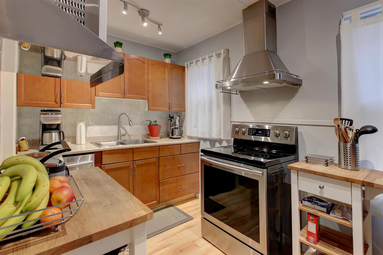 9622 72 Avenue, 3 bed, 2 bath, at $428,800