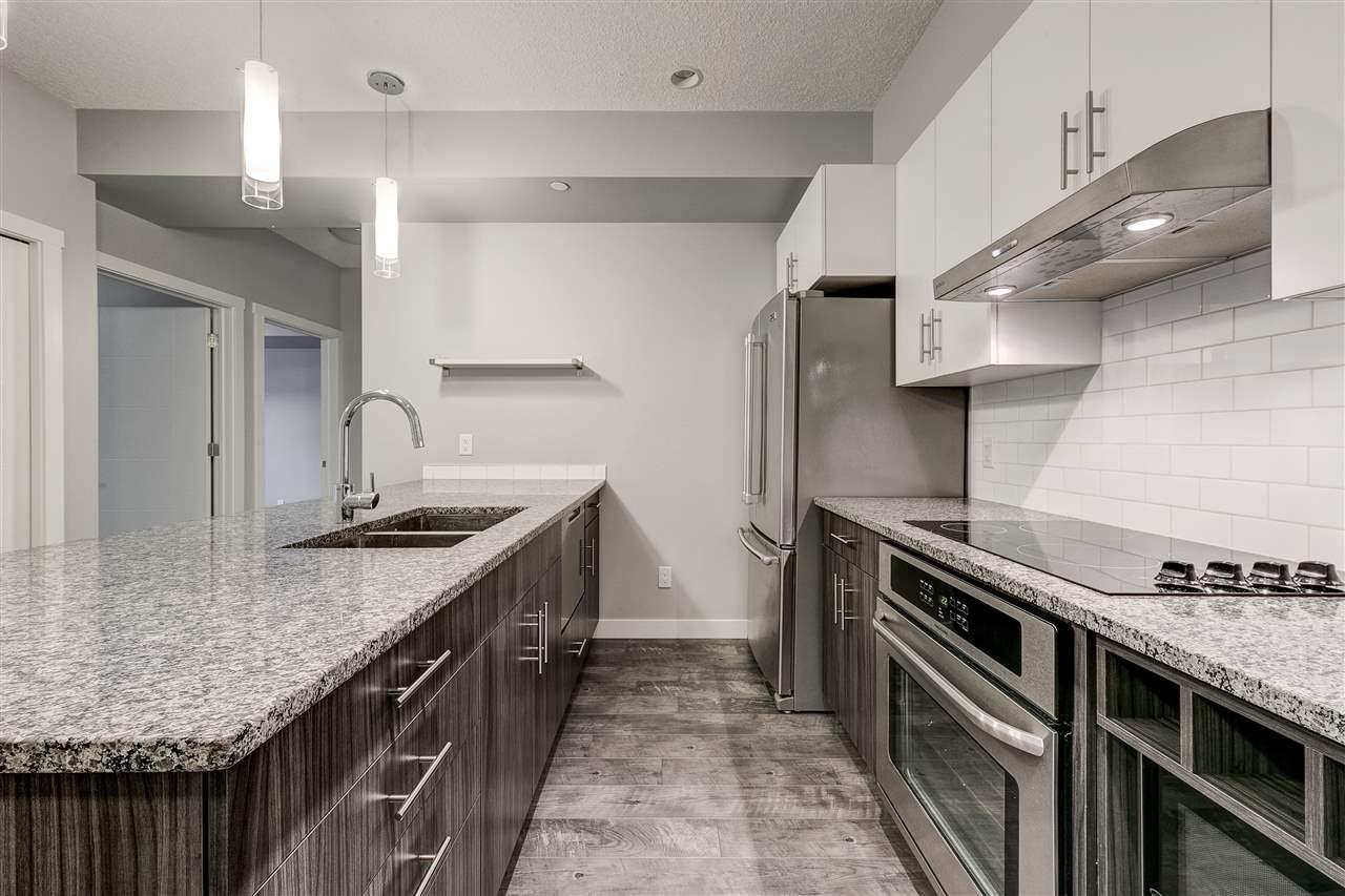 106 10126 144 Street, 2 bed, 2 bath, at $290,000