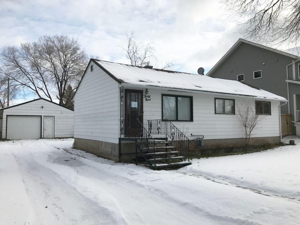 Property, 3 bed, 1 bath, at $230,000