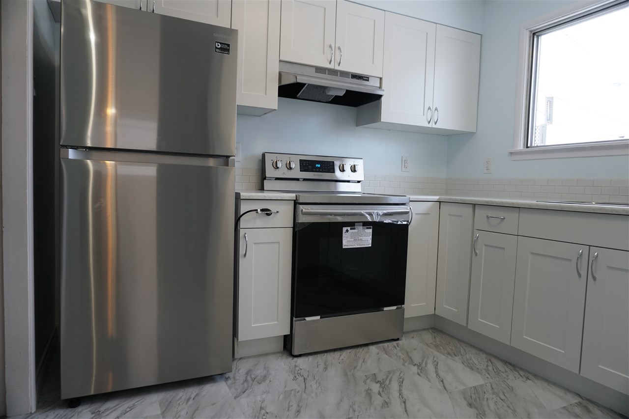 16172 107A Avenue, 4 bed, 2 bath, at $309,900