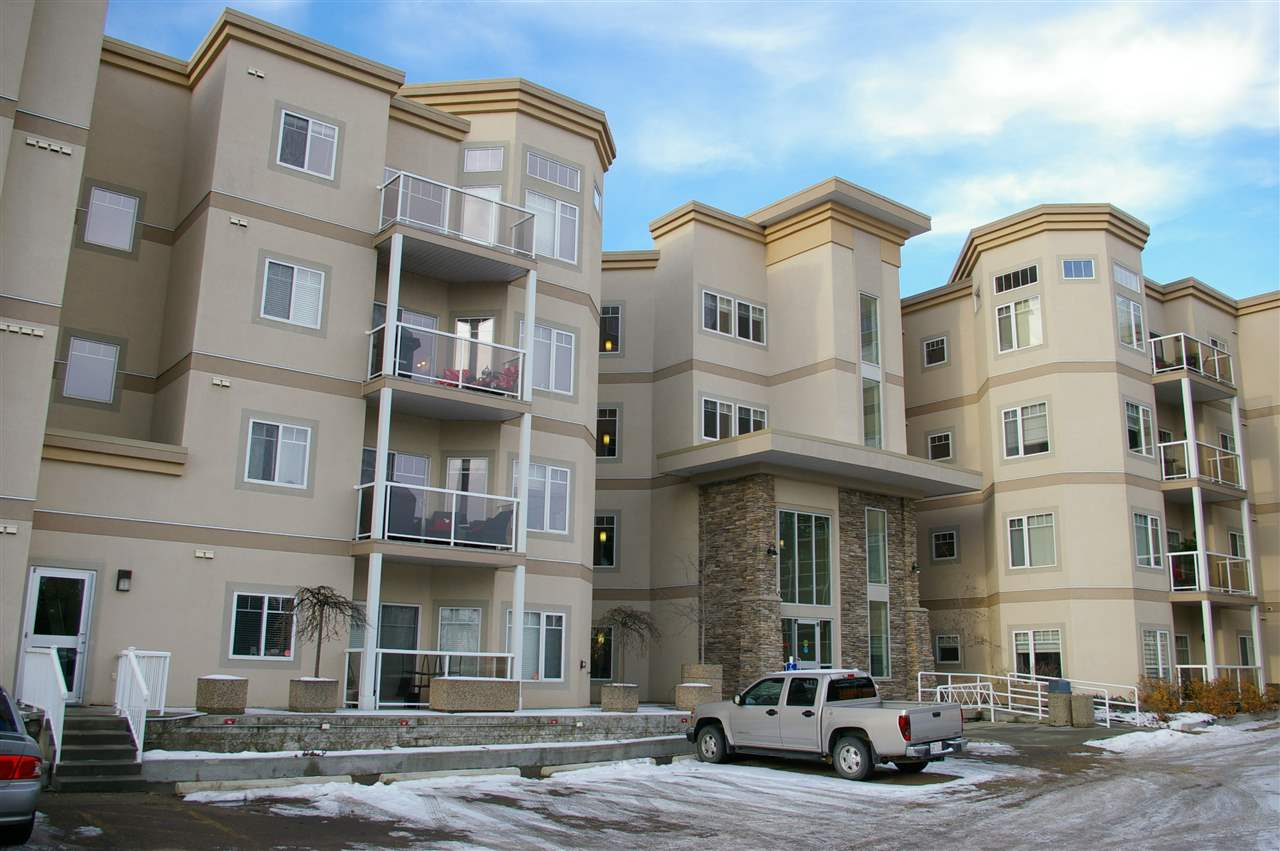 301 5 GATE Avenue, 2 bed, 2 bath, at $324,900