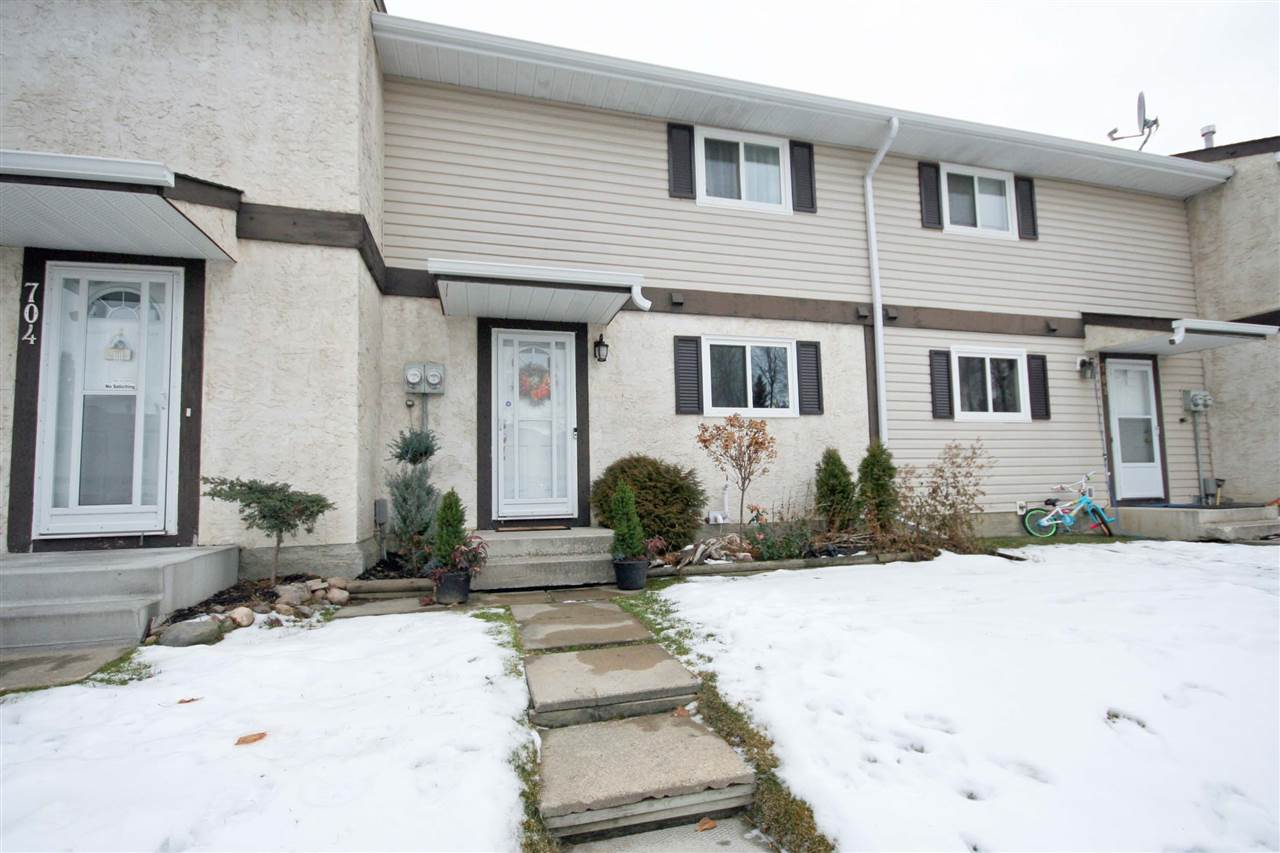 703 SPRUCE Glen, 3 bed, 2 bath, at $183,900
