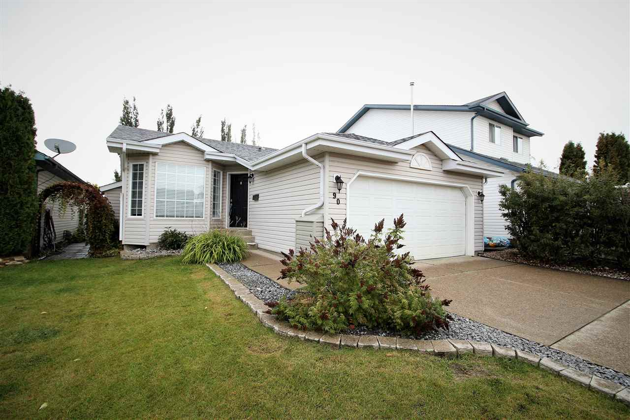 90 La Costa Fairway Close, 3 bed, 2 bath, at $324,900