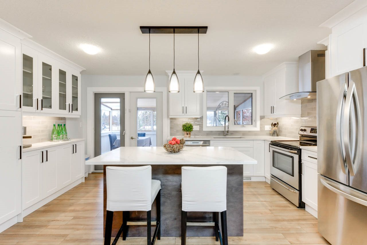 28 FERNWOOD Crescent, 4 bed, 3 bath, at $475,000