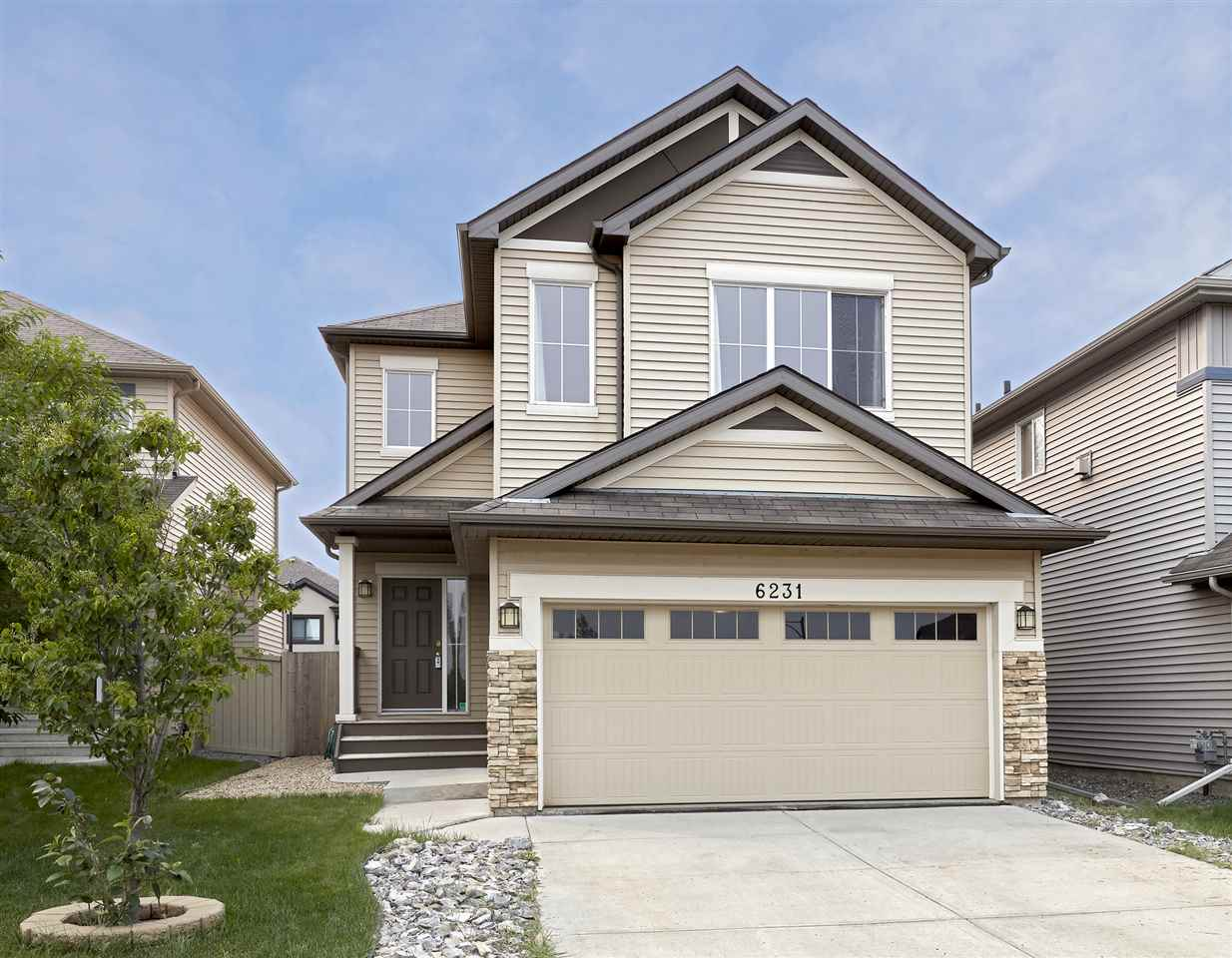 6231 18 Avenue, 3 bed, 3 bath, at $449,900