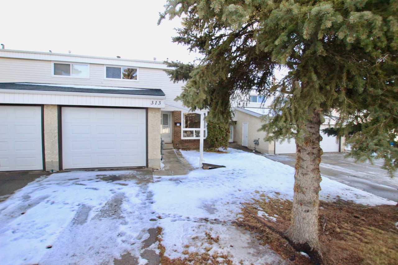 313 GRANDIN Village, 3 bed, 3 bath, at $169,900