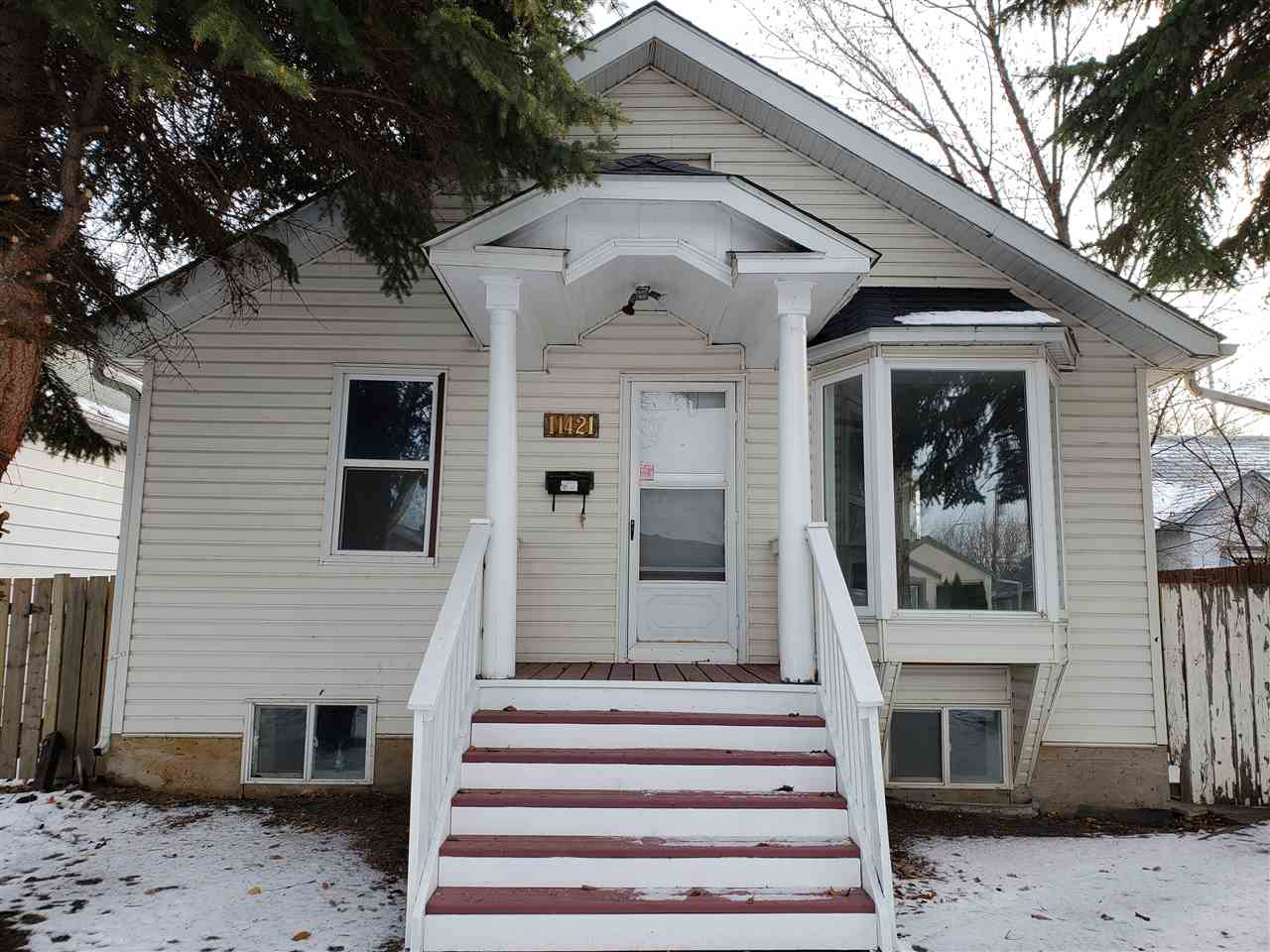 11421 85 Street, 3 bed, 1 bath, at $199,997
