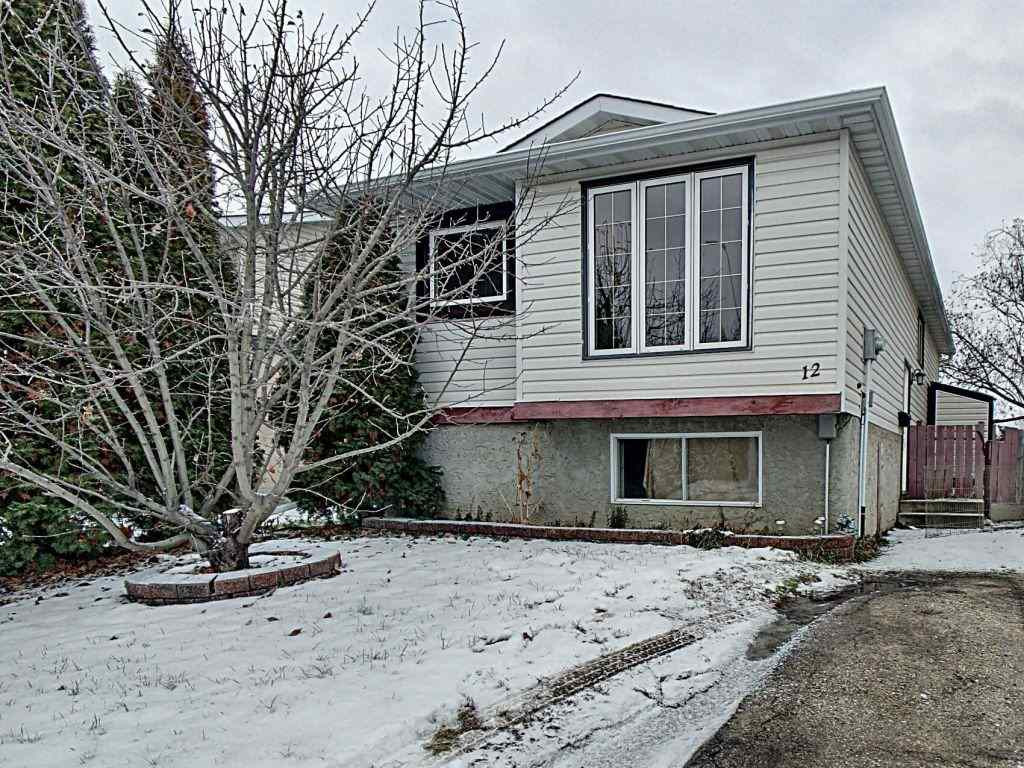 12 McNabb Crescent, 3 bed, 1 bath, at $248,000