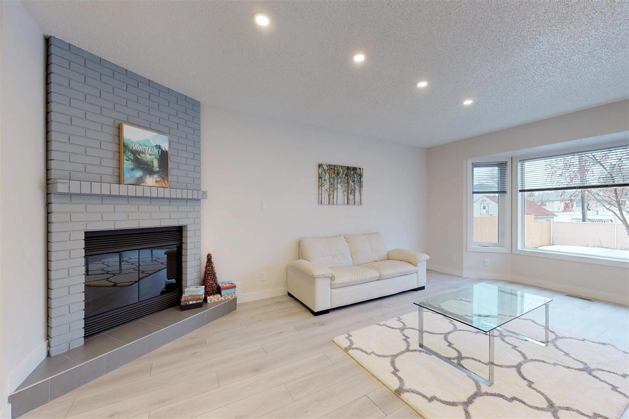 12430A 85 Street NW, 3 bed, 4 bath, at $249,900