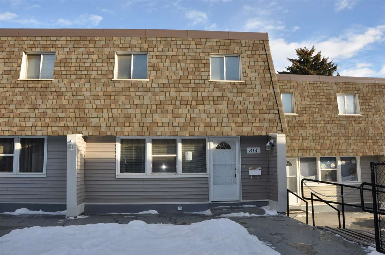 314 VILLAGE ON THE Green, 3 bed, 2 bath, at $124,900