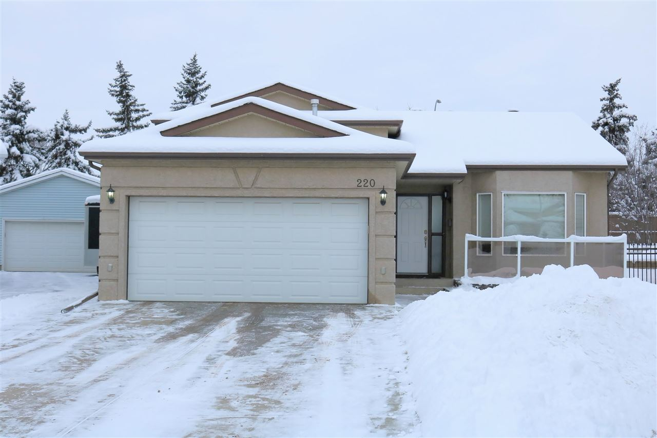 220 LAGO LINDO Crescent, 3 bed, 3 bath, at $399,900