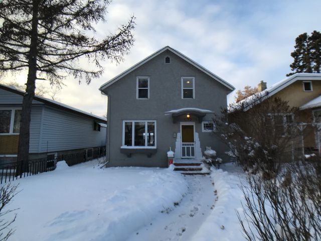 11712 88 Street, 3 bed, 1 bath, at $319,000