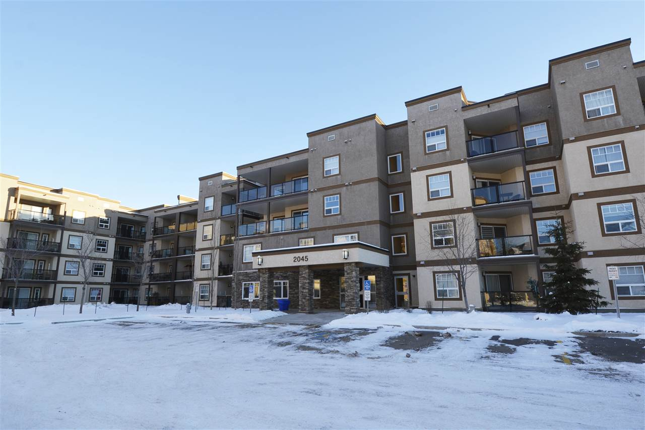 401 2045 GRANTHAM Court, 2 bed, 2 bath, at $289,500
