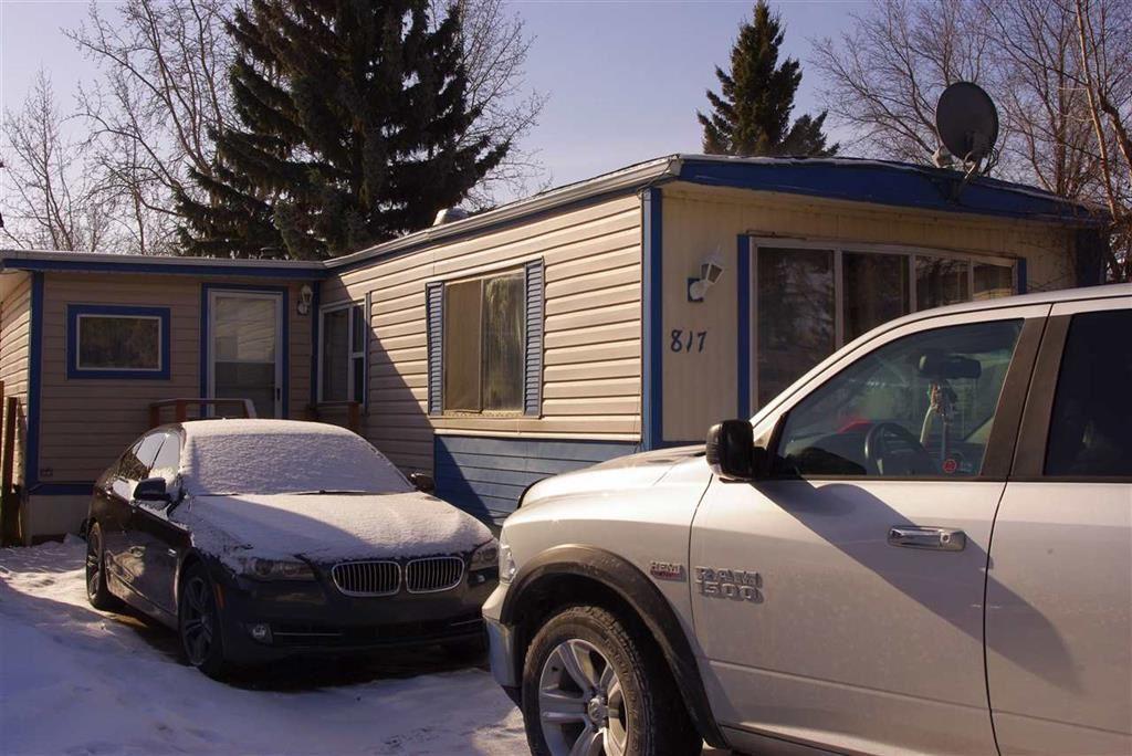 817 Westview Village, 3 bed, 1 bath, at $36,900