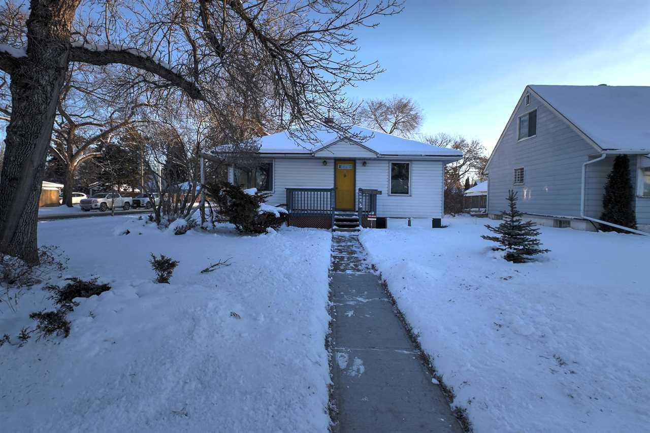 11843 127 Street, 3 bed, 1 bath, at $285,000