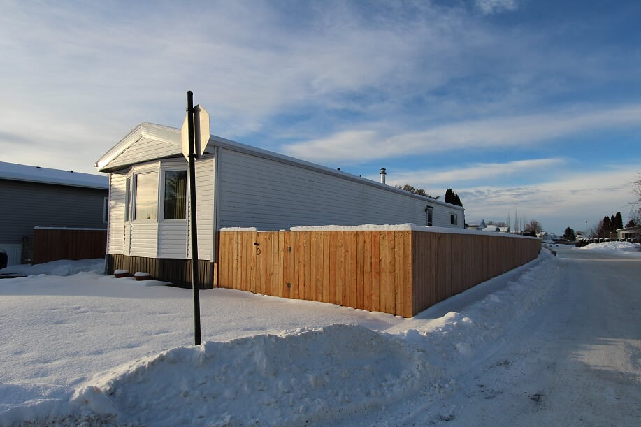 2506-10770 Winterburn Road, 3 bed, 4 bath, at $59,995