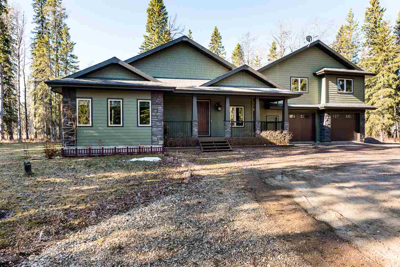 105 49505 Rge Rd 80, 3 bed, 3 bath, at $799,900