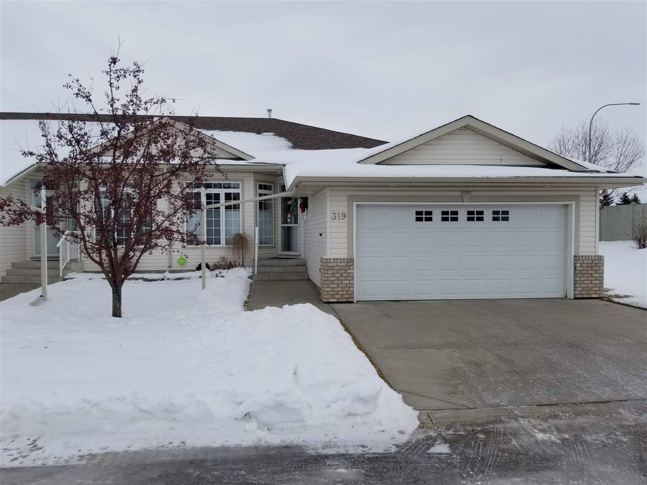 319 RAVINE Villa(s), 3 bed, 3 bath, at $419,900