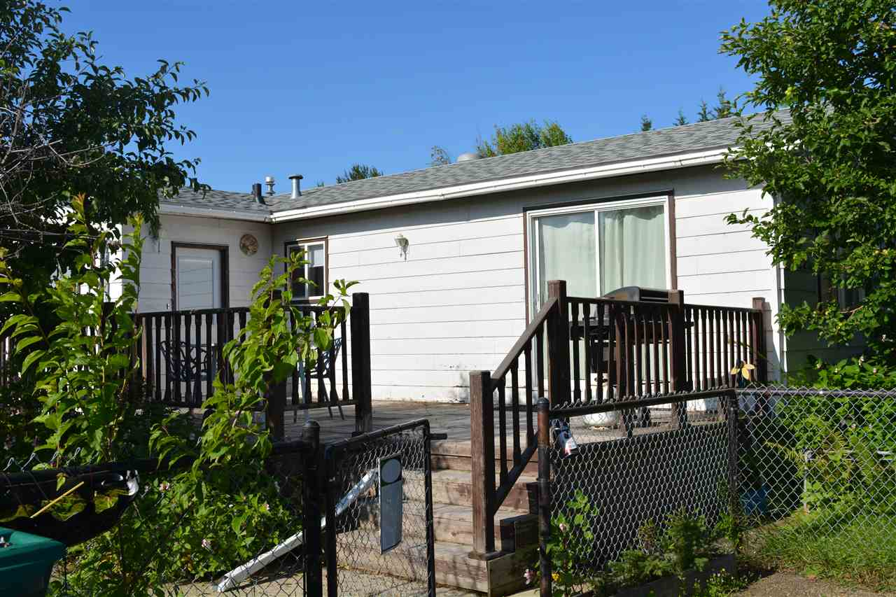 4715 52 Avenue, 3 bed, 2 bath, at $227,000