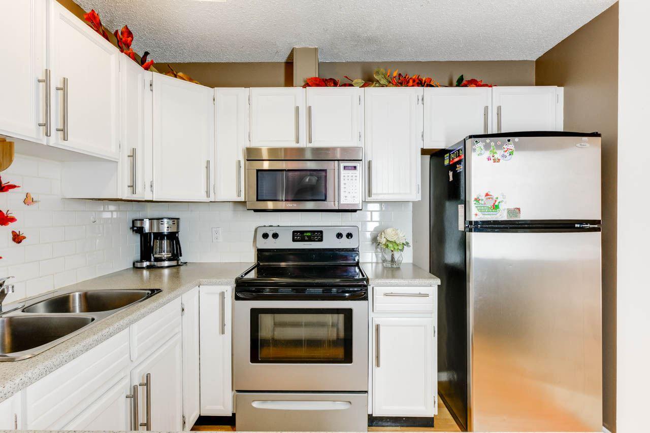 Property, 5 bed, 3 bath, at $429,000