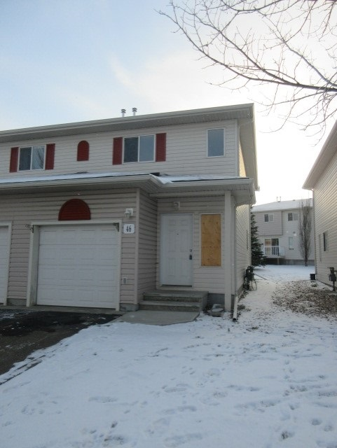 46 451 HYNDMAN Crescent, 2 bed, 2 bath, at $174,900