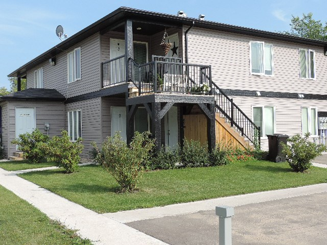 MLS® listing #E4138347 for sale located at 5016 50 Street