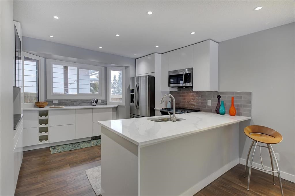 11215 35 Avenue, 4 bed, 3 bath, at $544,900