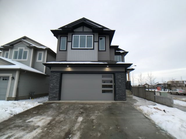Property, 3 bed, 3 bath, at $579,900