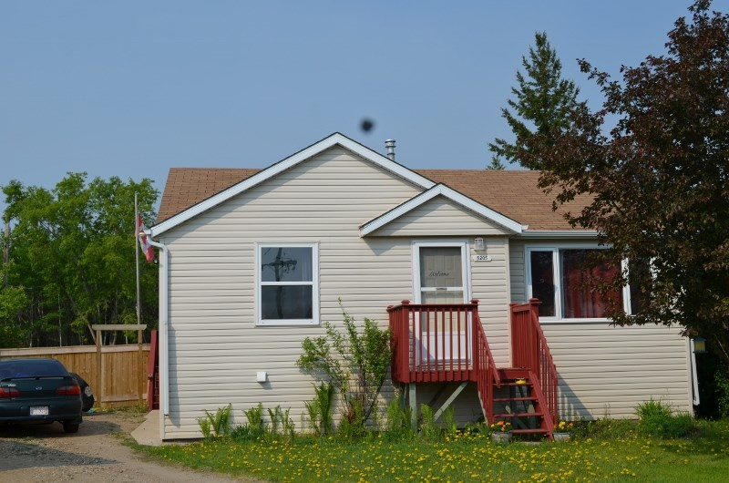MLS® listing #E4138602 for sale located at 5205 50A Avenue