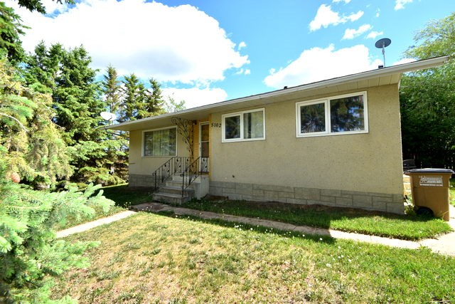 5201 1 Ave East BOYLE, 5 bed, 2 bath, at $194,900
