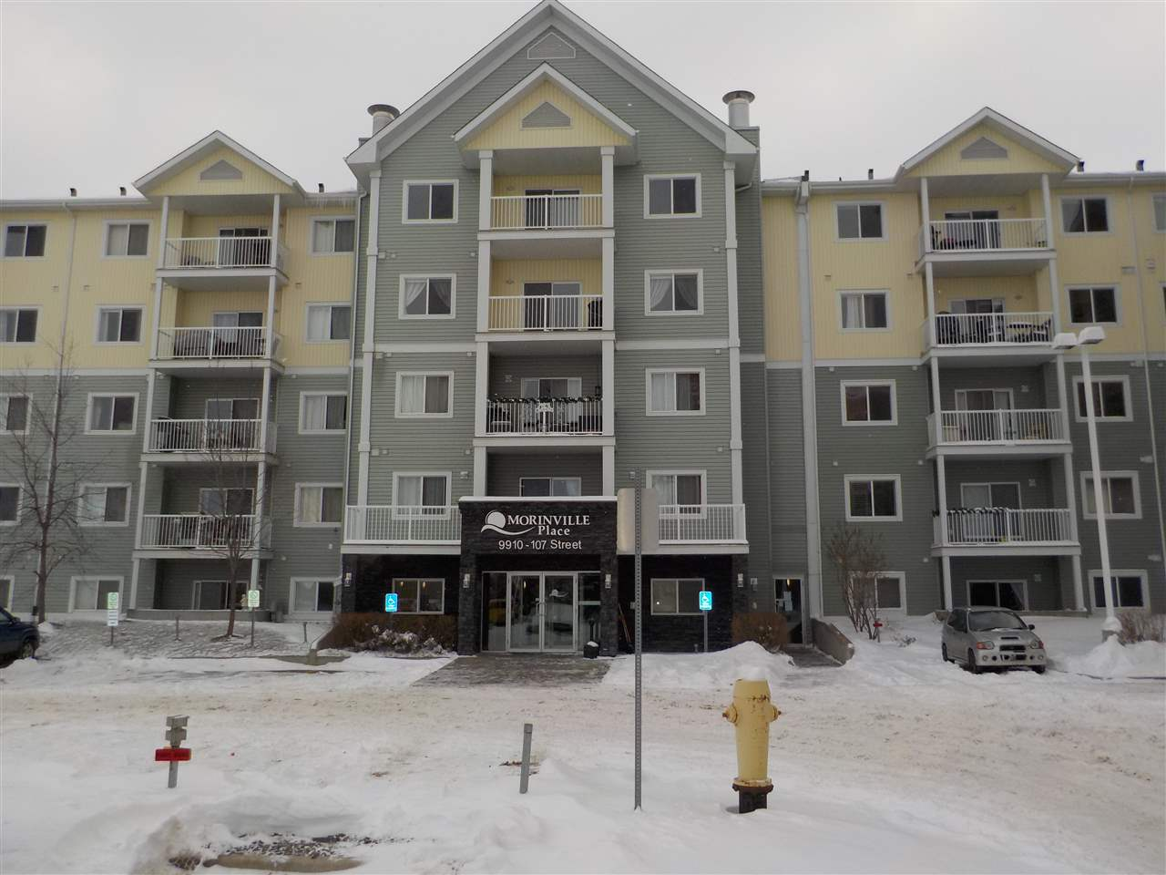 MLS® listing #E4139004 for sale located at 511 9910 107 Street
