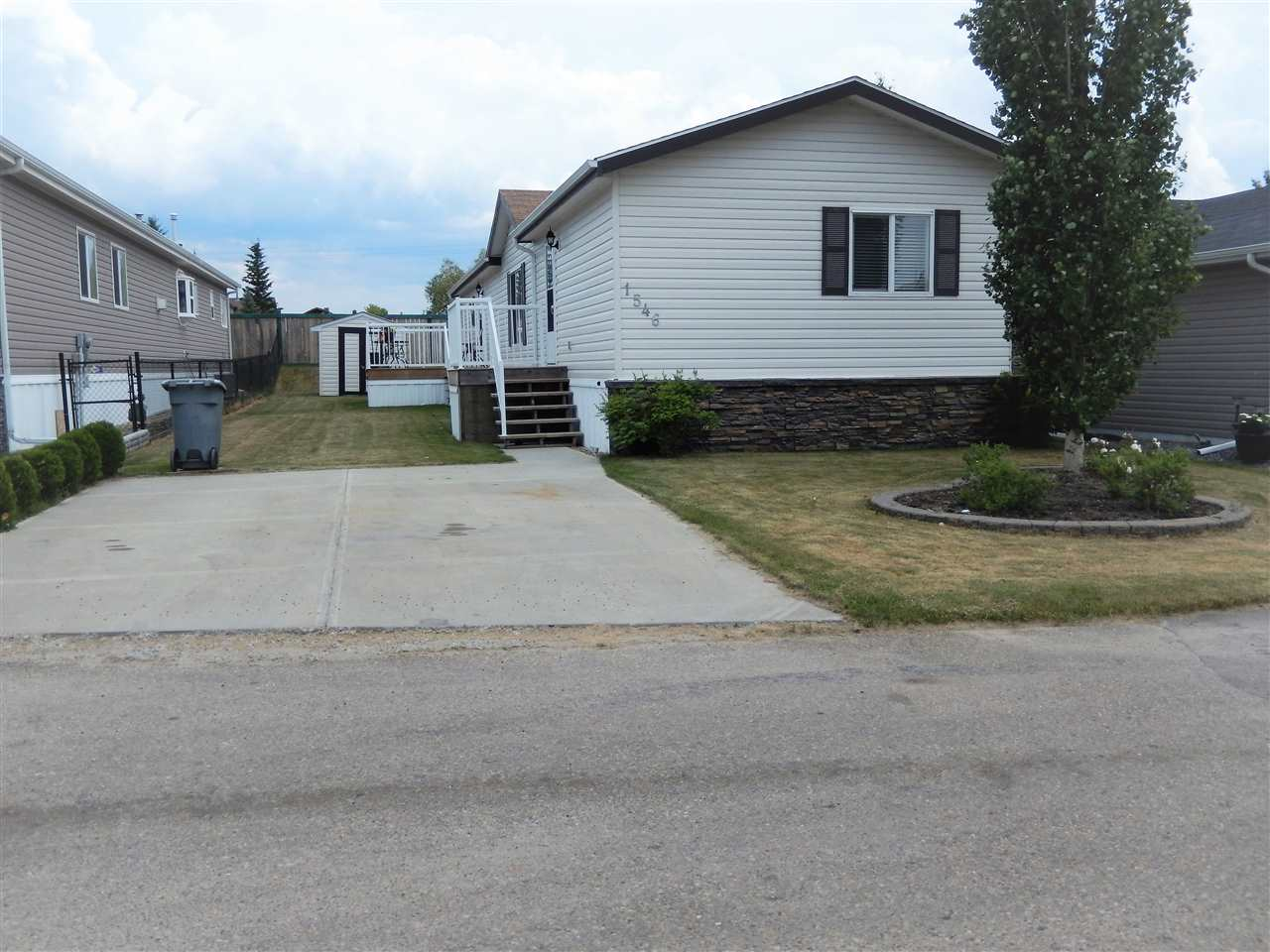 1546 53222 RR 272, 3 bed, 2 bath, at $129,000