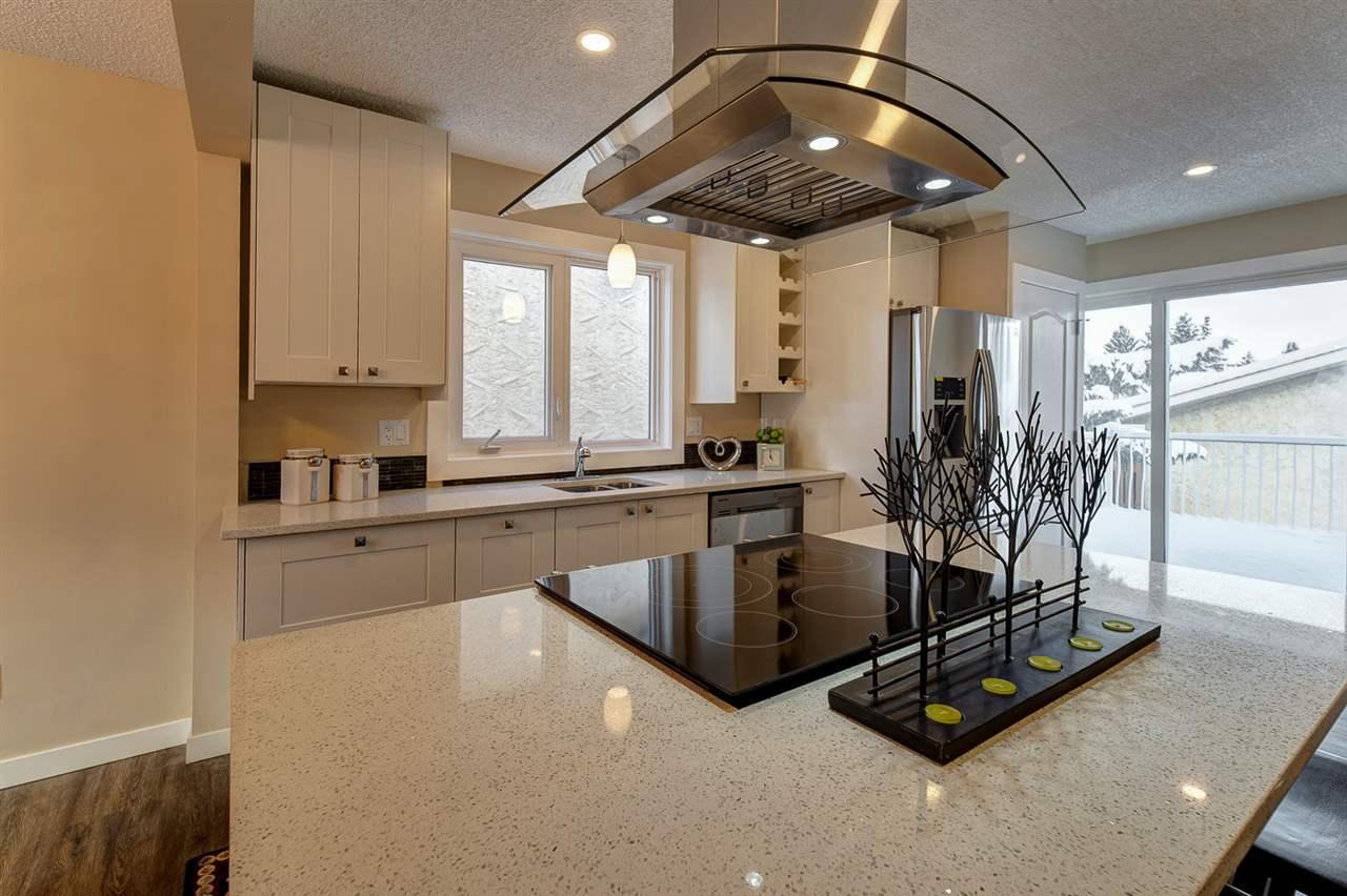 5212 19 Avenue, 5 bed, 3 bath, at $464,800