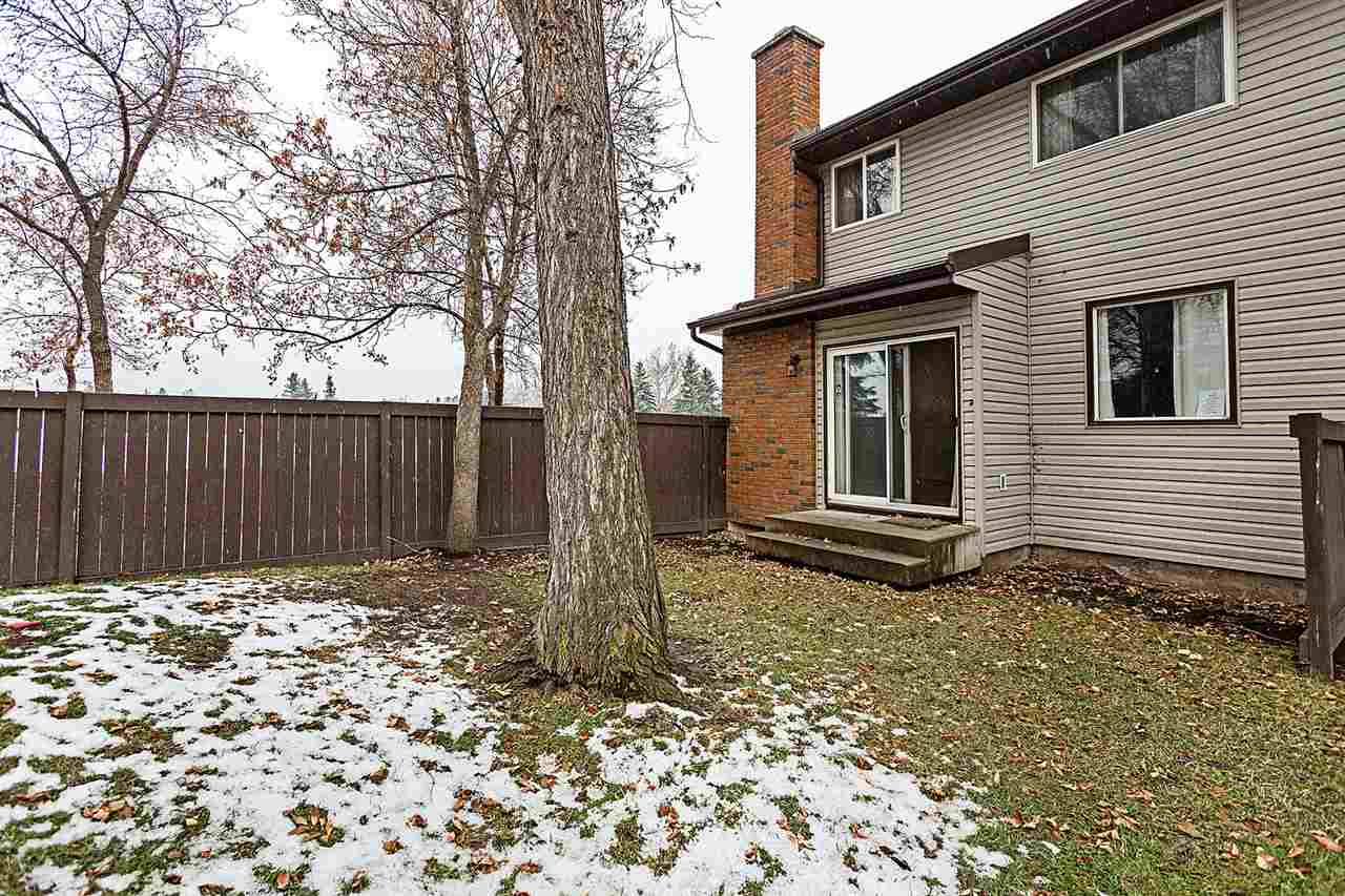 11875 145 Avenue NW, 3 bed, 2 bath, at $184,500