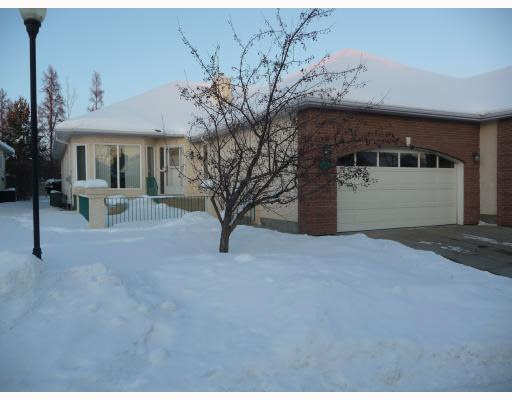 1364 POTTER GREENS Drive, 3 bed, 3 bath, at $488,900