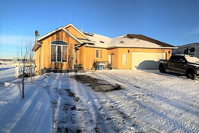 #38, 52001 Range Road 275, 4 bed, 3 bath, at $529,000
