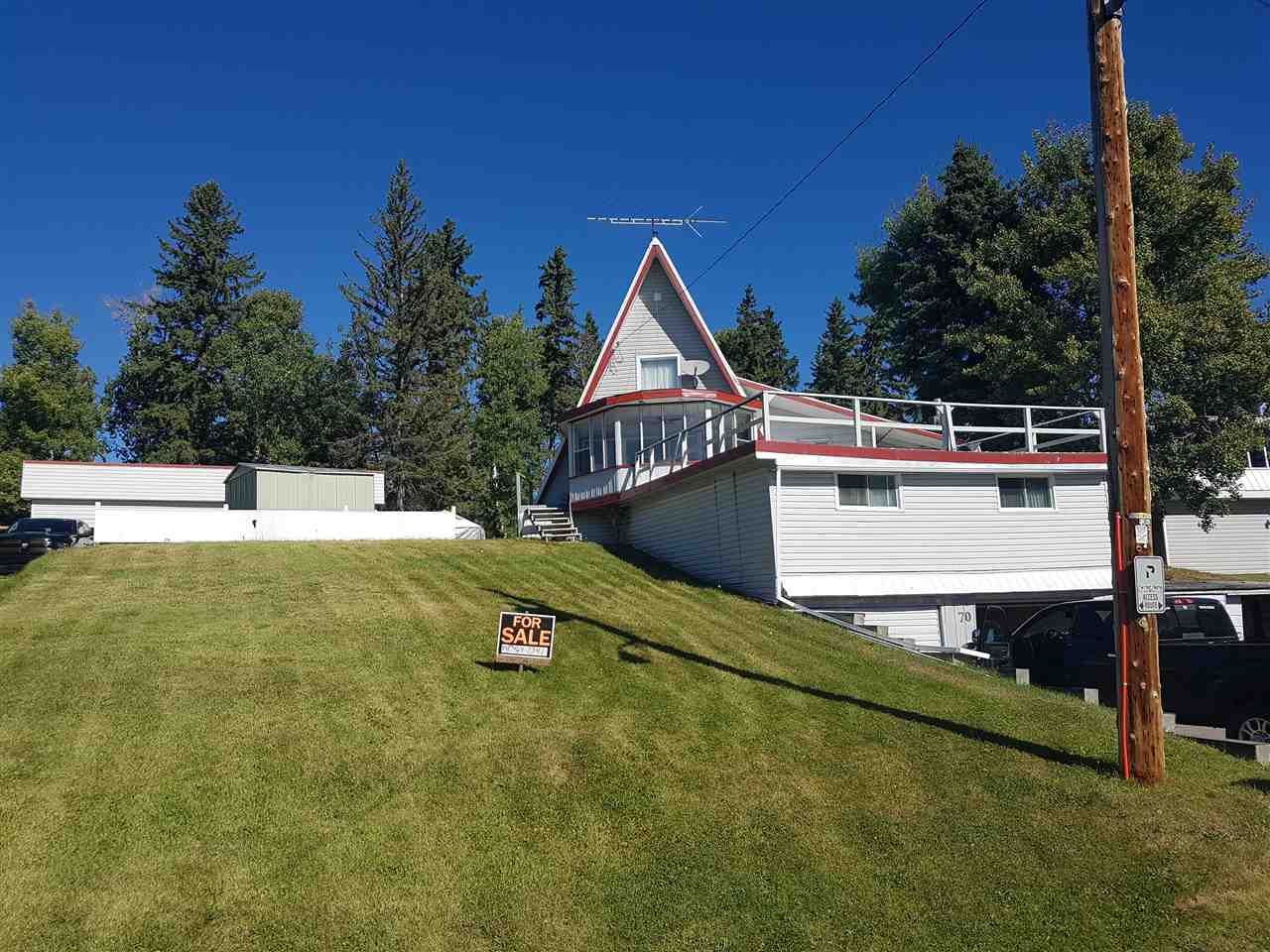 70 LAKEVIEW Avenue, 4 bed, 1 bath, at $169,900