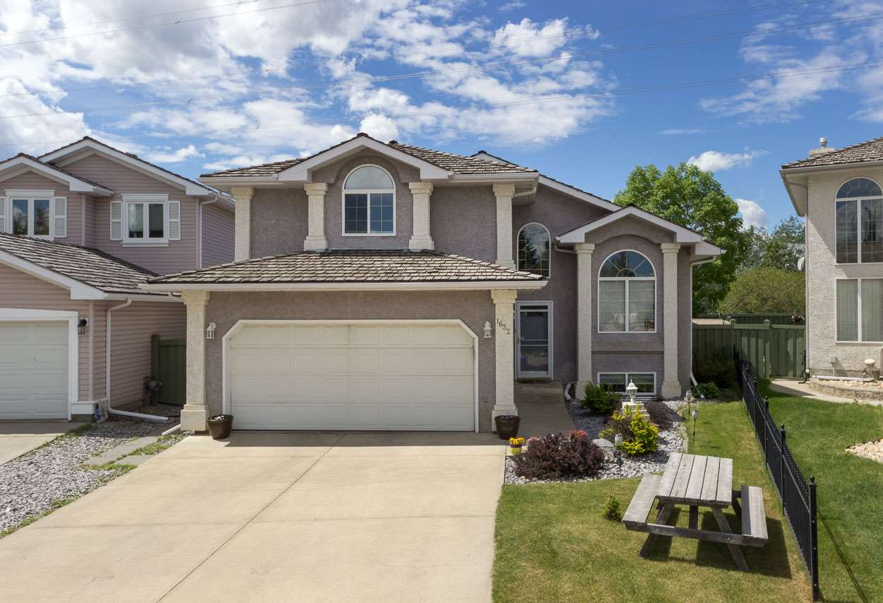 MLS® listing #E4139845 for sale located at 1632 WELBOURN Cove