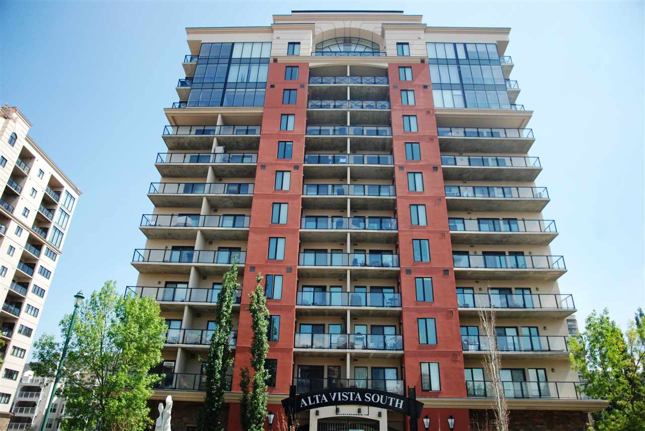 1001 10303 111 Street, 2 bed, 2 bath, at $450,000