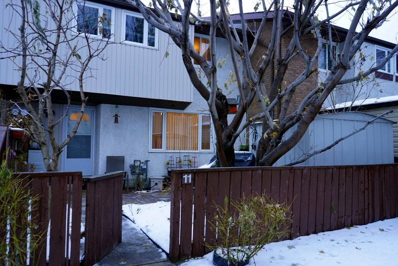 MLS® listing #E4139925 for sale located at 11 14220 80 Street NW